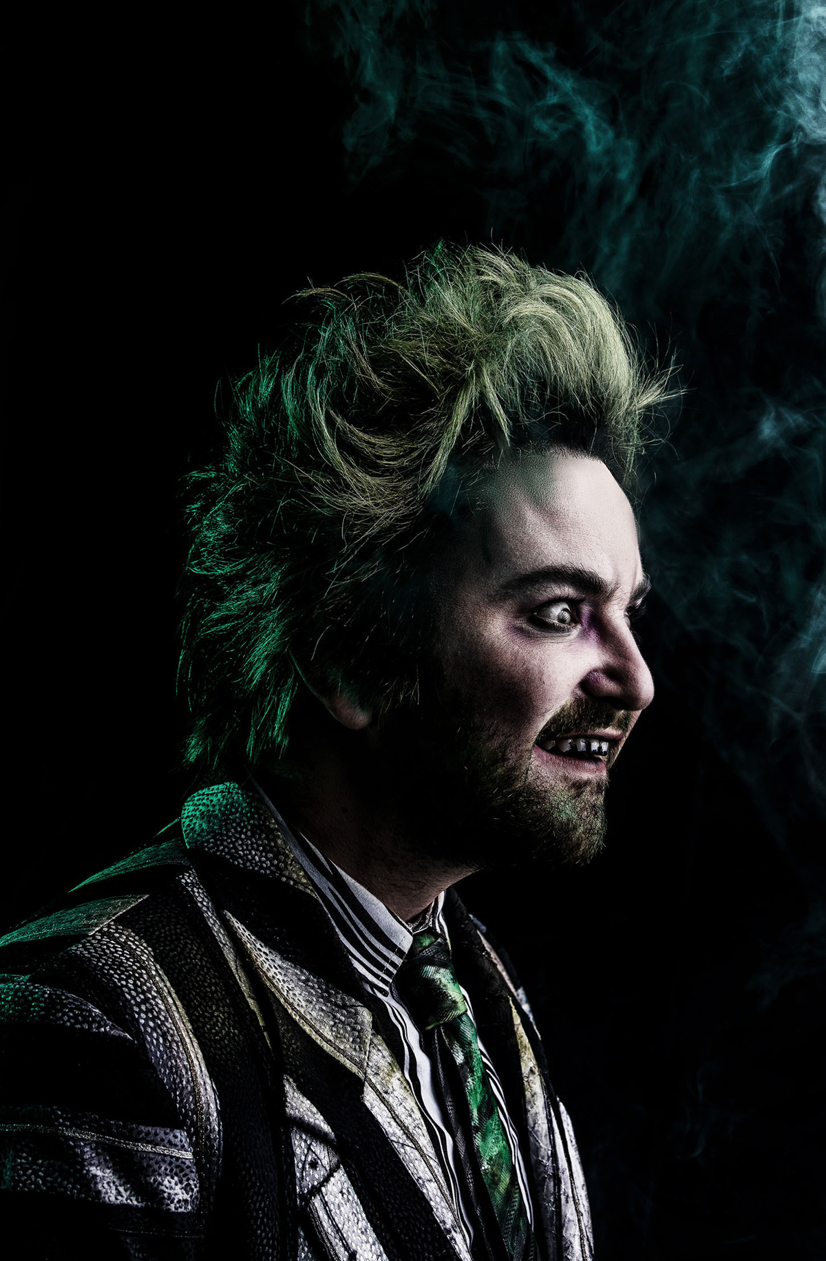 Alex Brightman as Beetlejuice in Beetlejuice.