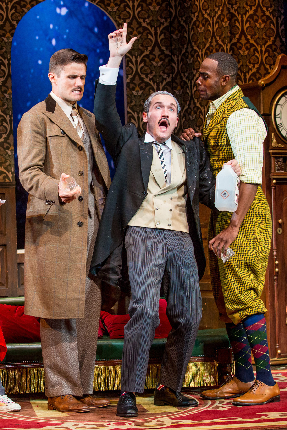 Play At American Girl: Show Photos: The Play That Goes Wrong