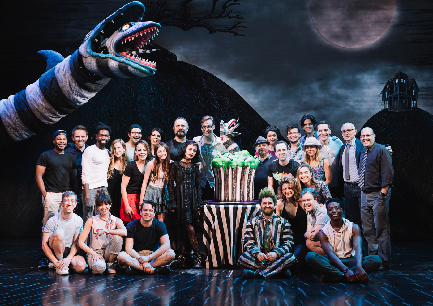 It S Showtime Beetlejuice Celebrates 100 Scary Good Performances On Broadway Broadway Buzz Broadway Com