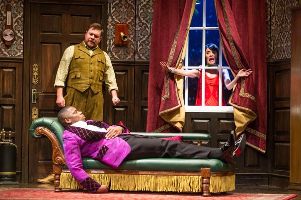 Peyton Crim, Yaegel T. Welch & Jamie Ann Romero in The Play That Goes Wrong