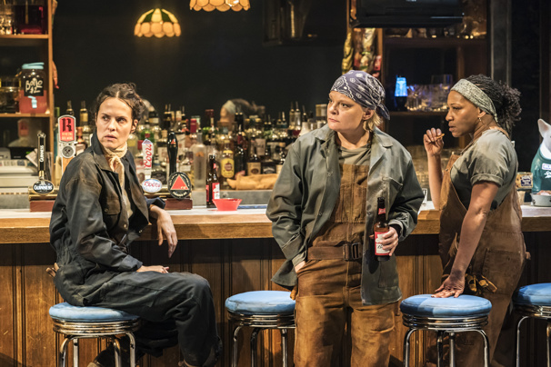 Martha Plimpton to Be Joined by Full Donmar Cast for West End Transfer of Sweat