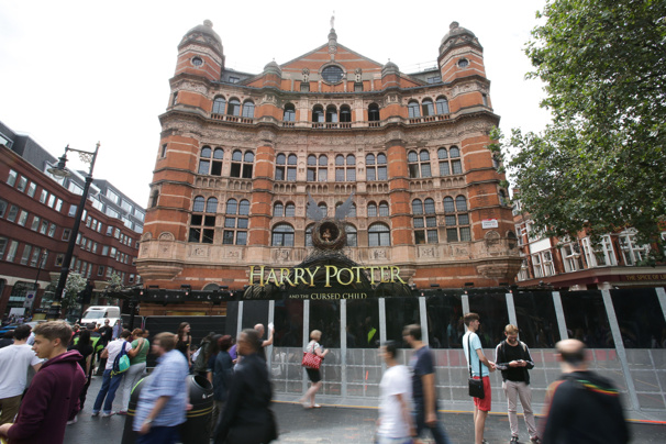 "London's Palace Theatre, home to the West End staging of ""Harry Potter and the Cursed Child""(Photo: Daniel Leal-Olivas/Getty Images)"