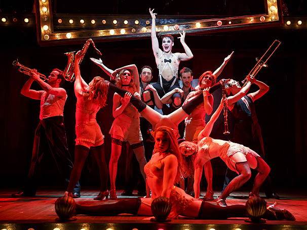 Leave Your Troubles Outside! National Tour of Cabaret Opens in Miami