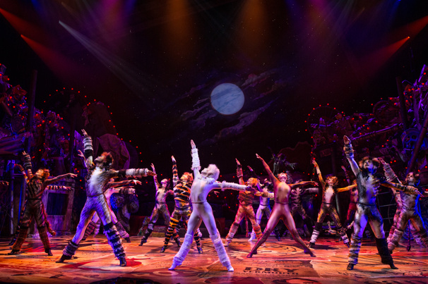Cats Movie to Start Shooting in November; Wayne McGregor Signs On as Choreographer