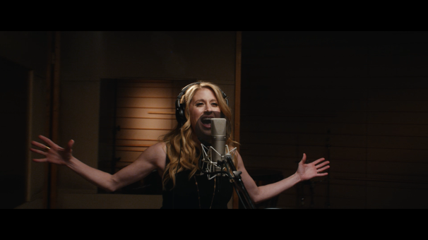 Watch Frozen Star Caissie Levy Sing an Epic 'Let It Go' in This New Music Video