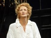 Janet McTeer as Sarah Bernhardt in Bernhardt/Hamlet.