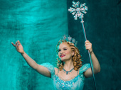 Amanda Jane Cooper as Glinda.