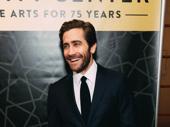 City Center alum Jake Gyllenhaal arrives.
