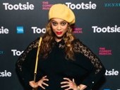 Supermodel Tyra Banks gives her best smize on the Tootsie red carpet.