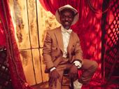 Sahr Ngaujah plays Toulouse-Lautrec.