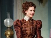 Cynthia Nixon as Regina Giddens.