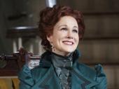 Laura Linney as Regina Giddens.