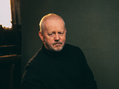 David Morse portrays Larry Slade