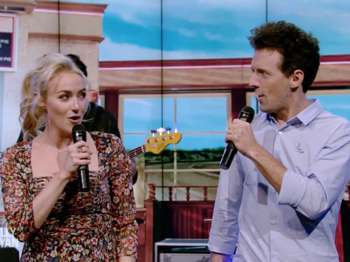 Watch Waitress Stars Jason Mraz & Betsy Wolfe Offer Up Their Adorable Take on 'Bad Idea'