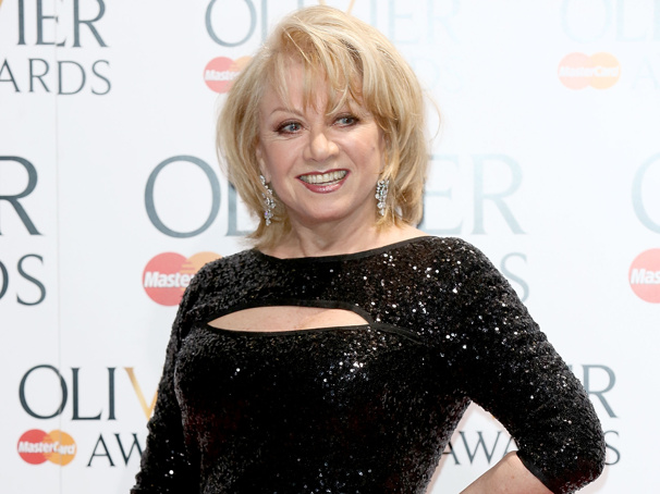BBC Radio 2's Elaine Paige on Sunday to Be Broadcast Weekly on Broadway.com