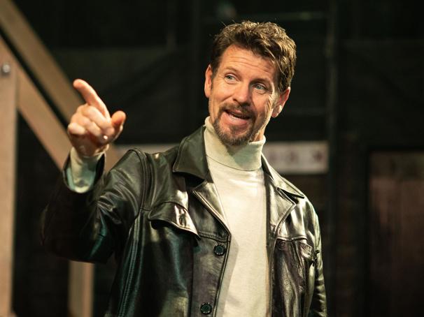 West End Star Lloyd Owen on Heather Headley, Renée Zellweger and the Joys of Noises Off