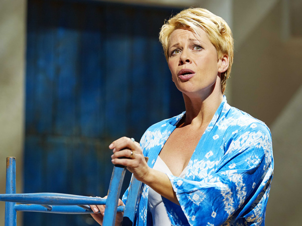 Linzi Hateley on 'Traumatic' Carrie Memories, Not Vacationing in Greece & Returning to the West End in Mamma Mia!