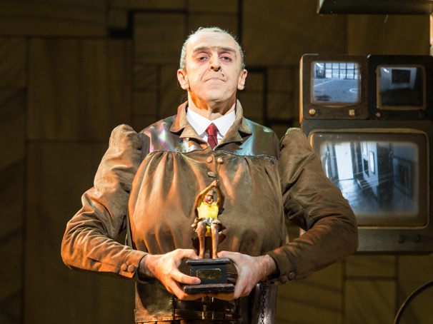 West End Star Craige Els on His Long Run in Matilda and the Idea of a Trunchbull Fitness Video
