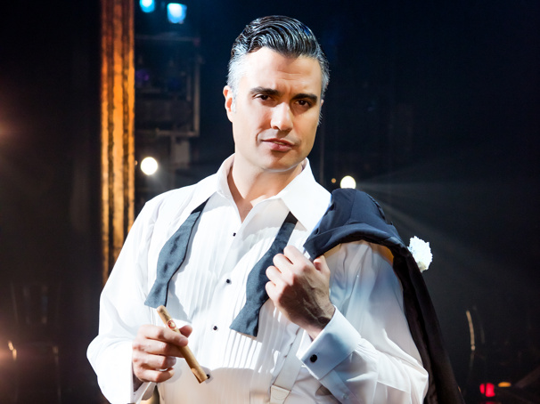 Chicago Tour Will Welcome Jane the Virgin's Jaime Camil as Billy Flynn in Miami