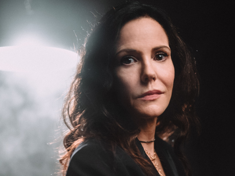 See Mary-Louise Parker & More Light Up Opening Night of The Sound Inside on Broadway