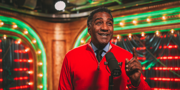 Welcome to Club Broadway.com! Watch Norm Lewis Bring Holiday Cheer with His Powerful Pipes