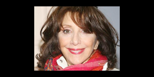 Andrea Martin Is Heading To Trapeze School For A R T