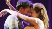 Reasons to Be Happy, Starring Jenna Fischer and Josh Hamilton, Opens Off-Broadway