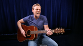Watch Something Rotten!'s Adam Pascal Perform 'Hard to Be the Bard'