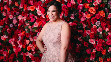 The Broadway.com Show: Watch Carousel's Lindsay Mendez Hit the Red Carpet Moments After Winning Her First Tony Award