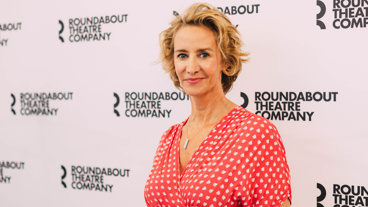 Learn About Theresa Rebeck's New Play Bernhardt/Hamlet, Starring Janet McTeer