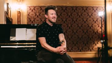 Songwriter Eddie Perfect on Creating Beetlejuice's Hilarious, Multi-Genre Score