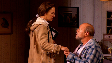 Show Clips: See Bruce Willis and Laurie Metcalf Scare Up Some Thrills at Broadway's Misery