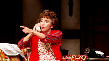 Show Clips: Andrea Martin, Megan Hilty & the Cast of Noises Off Get Their Farce On