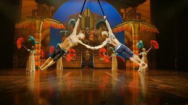 Show Clips: Cirque du Soleil PARAMOUR