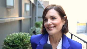 The Broadway.com Show: Elizabeth McGovern on Returning to Broadway in Time and the Conways