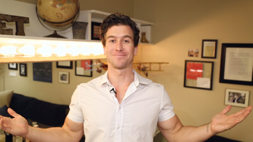 The Broadway.com Show: Evan Todd Shows Off His Beautiful Dressing Room