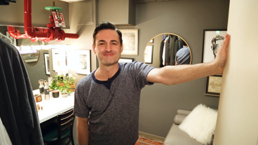 The Broadway.com Show: Anastasia's Max von Essen Shows Off Environmentally Friendly Finds & More in His Dressing Room