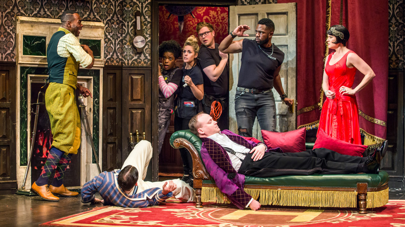 06d826a6b8401 The Play That Goes Wrong Postpones Closing  Will Stay Put on Broadway Till  January